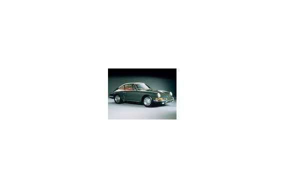 Couple court Porsche Boite 901