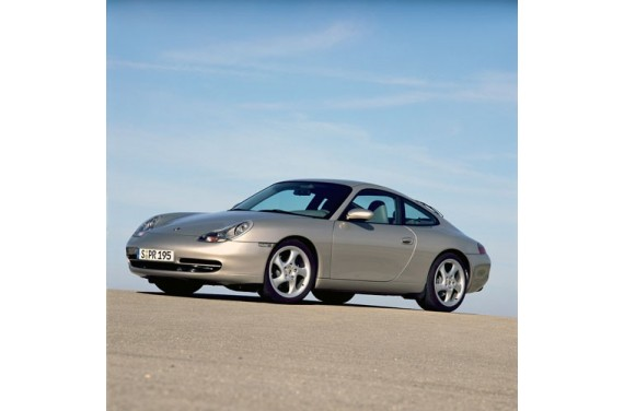 Couple court PORSCHE 996